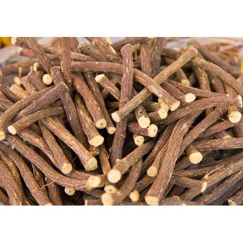 Spindesį suteikiantis kūno losjonas sausai odai, Urban Veda, 250 ml